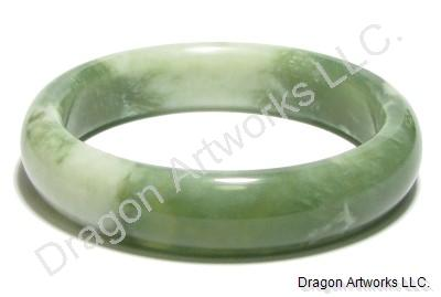 Energizing Green Jade Bangle